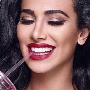 "💋New Huda Beauty ""Trendsetter"" Liquid Lipstick💋"